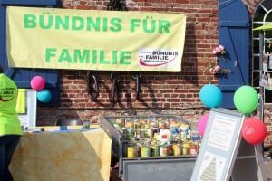 Das Bündnis für Familie sammelt Konserven für bedürftige Familien.